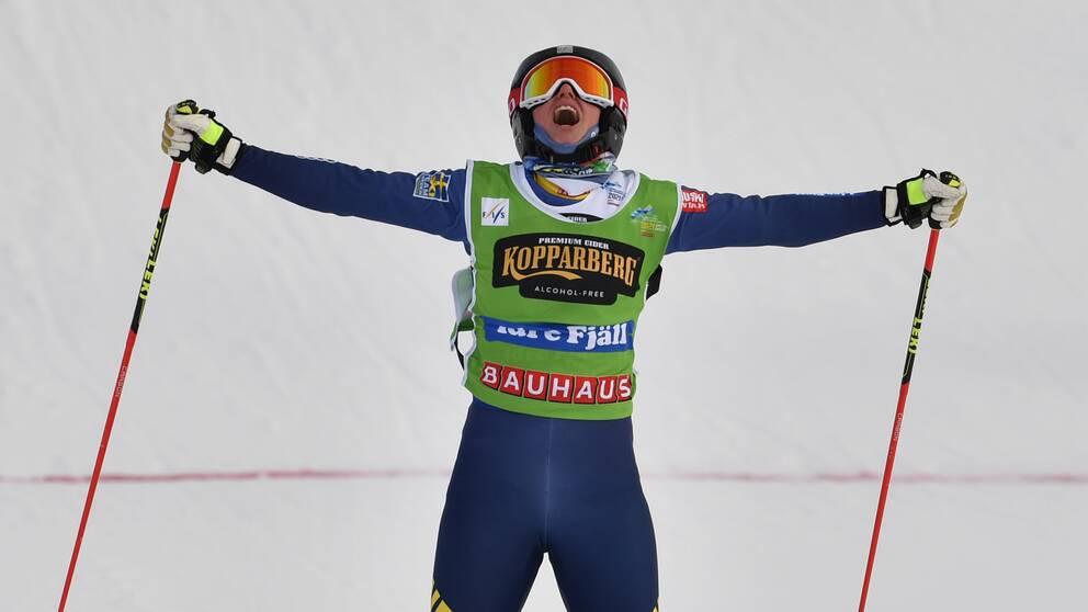 Sandra Näslund tog VM-guld i Idre.