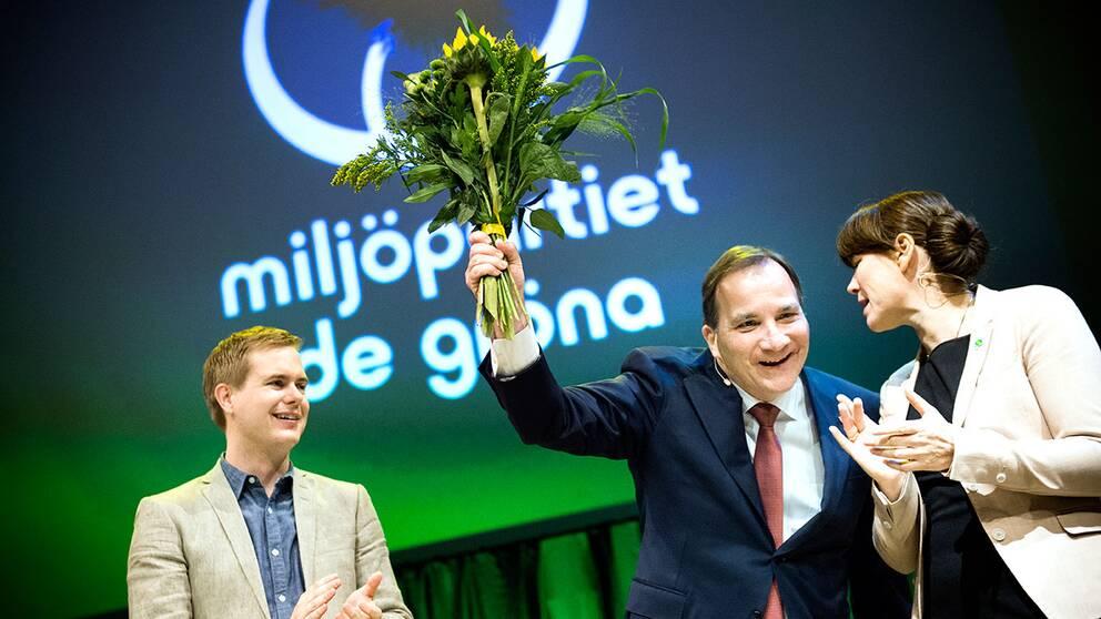Gustav Fridolin, statsminister Stefan Löfven och Åsa Romson vid Miljöpartiets kongress i Örebro.