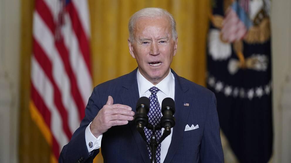 Joe Biden talar under det digitala G7-mötet.