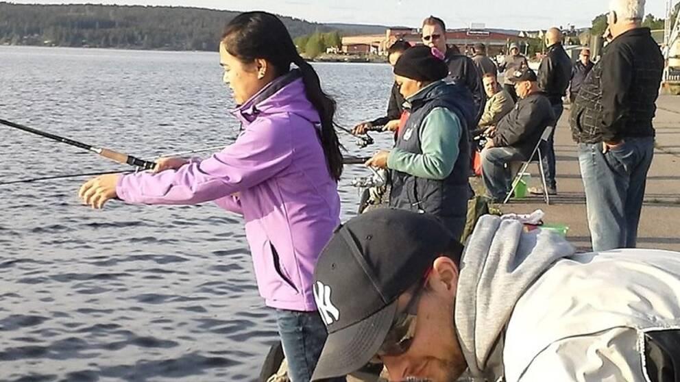 Fiskare fortfarande borta
