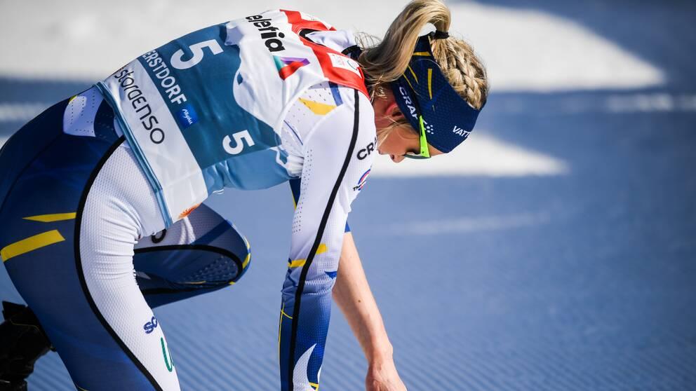 Frida Karlsson hade våldsamma smärtor efter målgång.