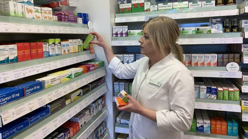 Sophie Eklöf, arbetar på Apoteket Hjärtat vid Järntorget i Örebro.