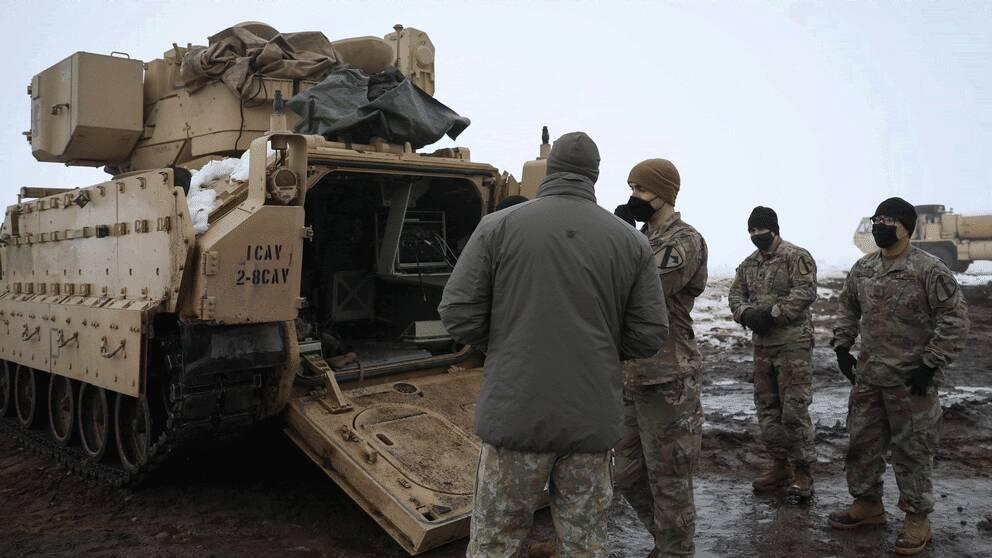 Amerikanska armén tränar med Bradley stridsfordon i Pabrade i Litauen.
