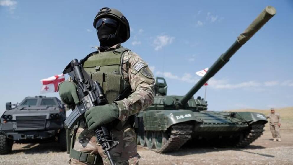Georgisk militär på militärbas i närheten av Tiblisi.