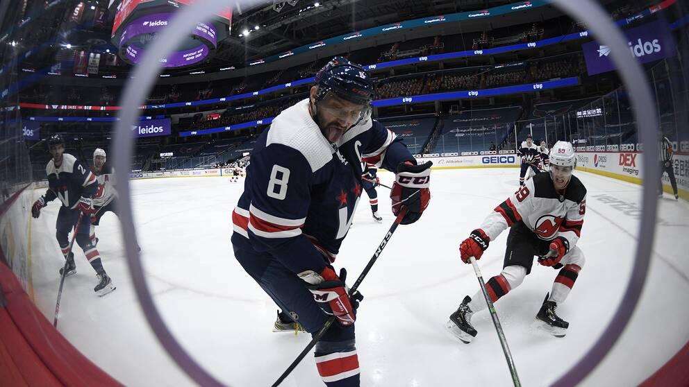 Alexander Ovetjkin har nu gjort 723 mål i NHL, åtta bakom Marcel Dionne som är den femte bäste målgöraren i NHL:s historia.