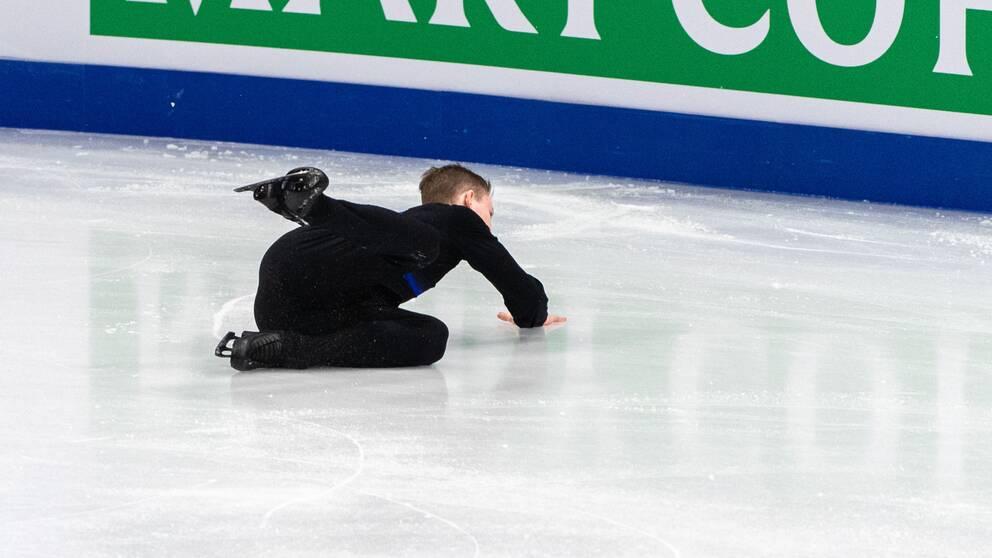 Nikolaj Majorov föll, vilket påverkade hela programmet.