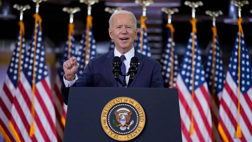 Joe Biden håller tal i Pittsburgh.