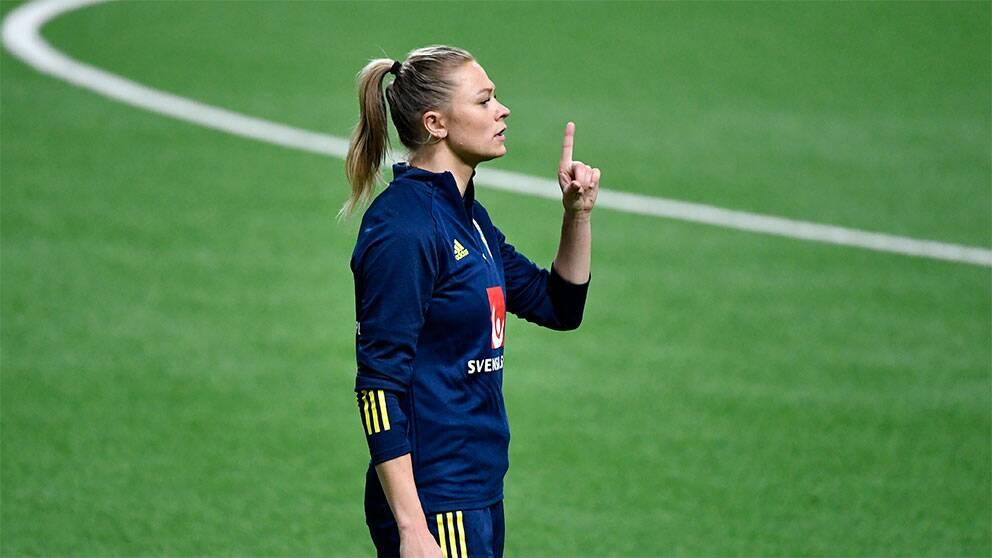 Fridolina Rolfö står bakom protesterna mot tyske tränaren.