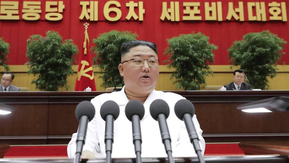 Nordkoreas ledare Kim Jong Un höll avslutningsanförande vid en partikongress i Pyongyang. Oberoende journalister tilläts inte tillträde.