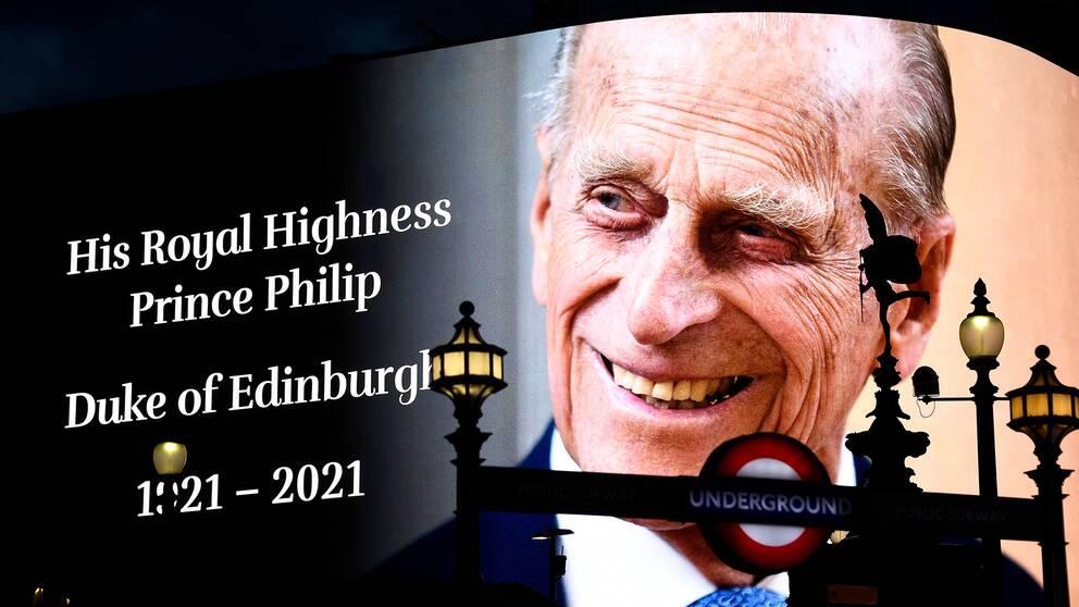 Prins Philips bild på storskärm vid Picadilly Circus i London, under hans dödsdag 9 april.
