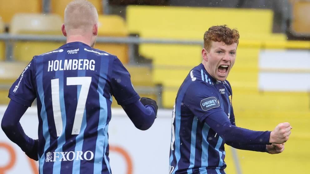 Djurgårdens Aslak Fonn Witry jublar efter 0-1 under söndagens fotbollsmatch i allsvenskan mellan IF Elfsborg och Djurgårdens IF på Borås Arena.