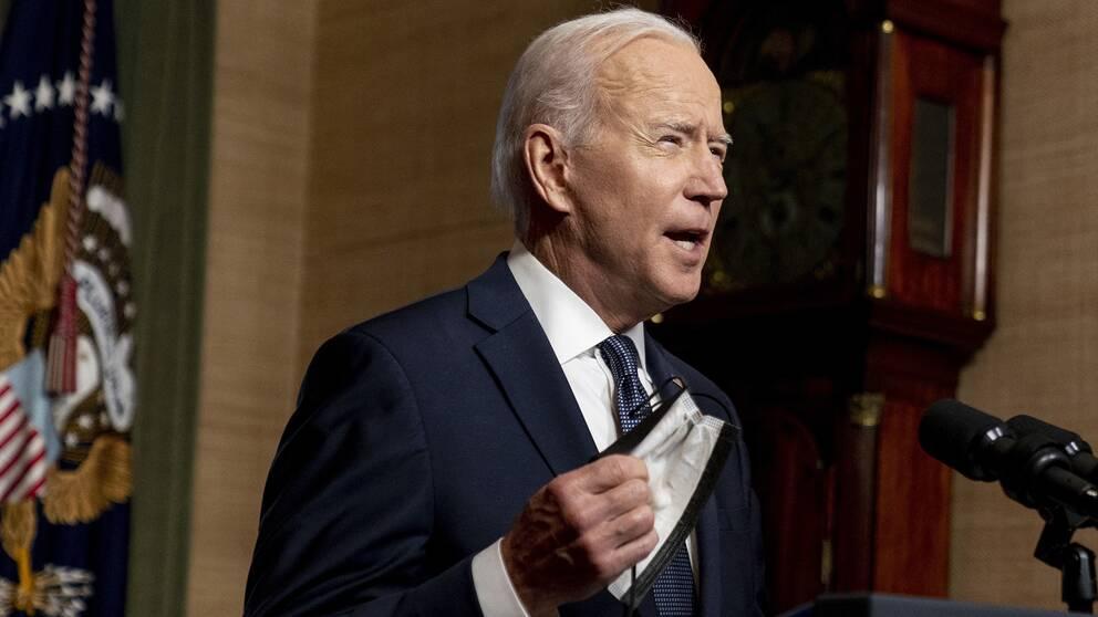 Joe Biden uppges vilja halvera USA:s klimatutsläpp.