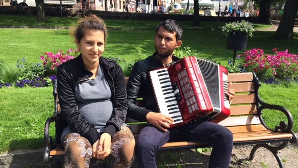 16-åriga Beatrice Vidrascu och hennes pojkvän, 21-åriga Ysak Pruteanu.