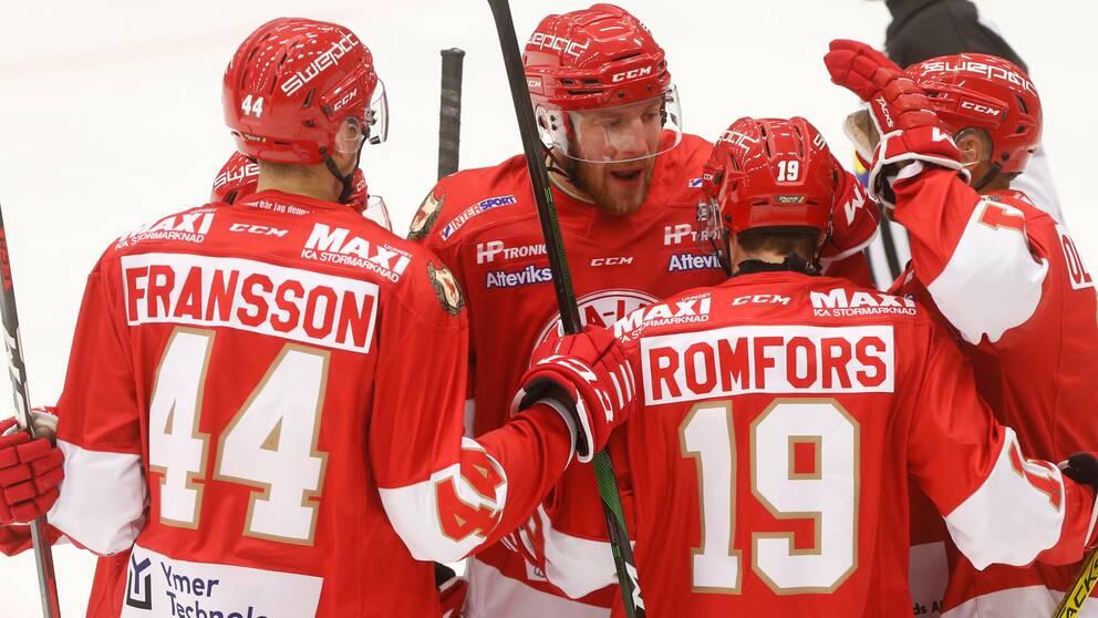 Spelar i Troja-Ljungby.