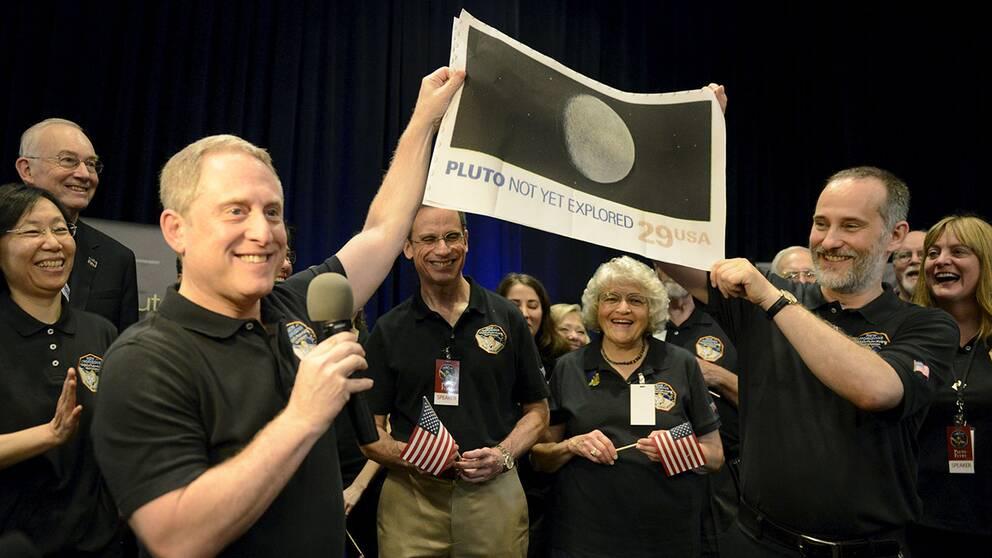 Den amerikanska rymdsonden New Horizons klarade den historiska förbiflygningen av dvärgplaneten Pluto