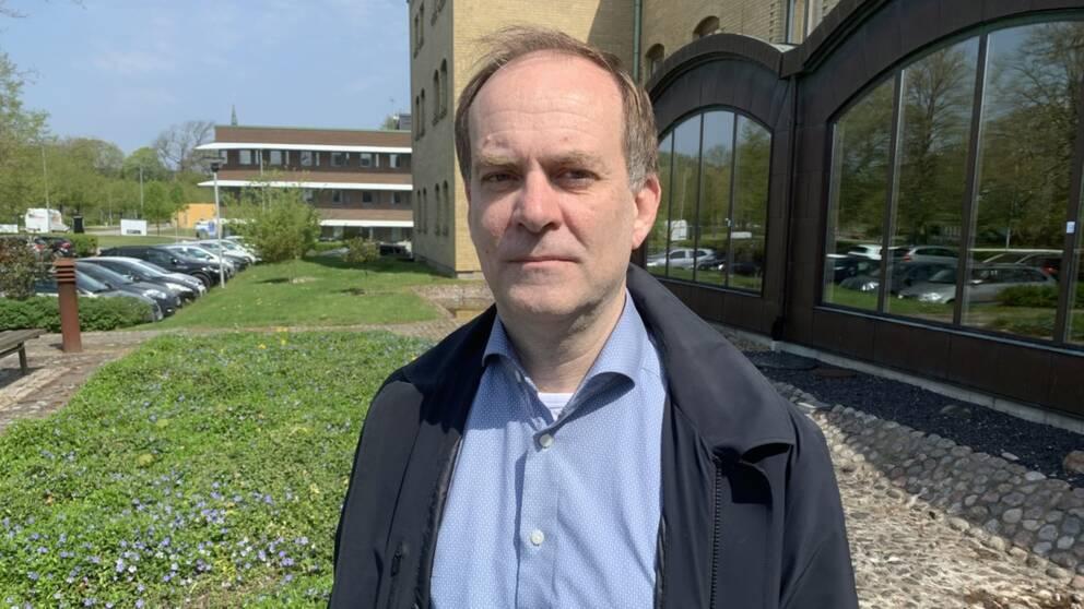 Martin Engström är hälso-och sjukvårdsdirektör i Region Halland.