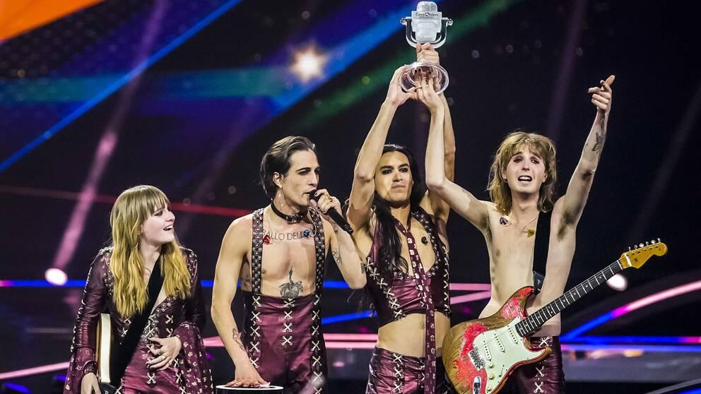 Bandmedlemmarna i italienska Måneskin.