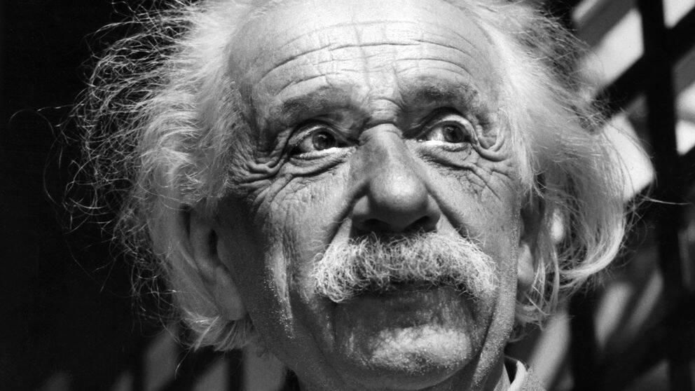 För hundra år sedan lanserade Albert Einstein den allmänna relativitetsteorin.