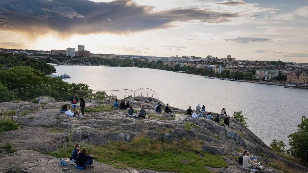 Utsikt från Skinnarviksberget i Stockholm, taget sommaren 2020.