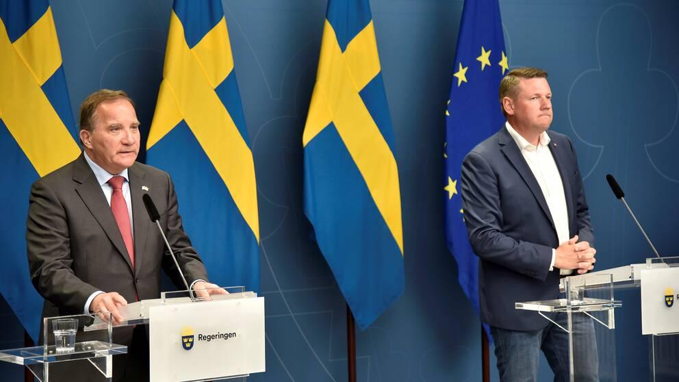 Statsminister Stefan Löfven och Kommunals ordförande Tobias Baudin.