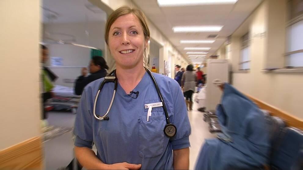 Karin Lind är i Sydafrika för att lära sog mer om skottskador.