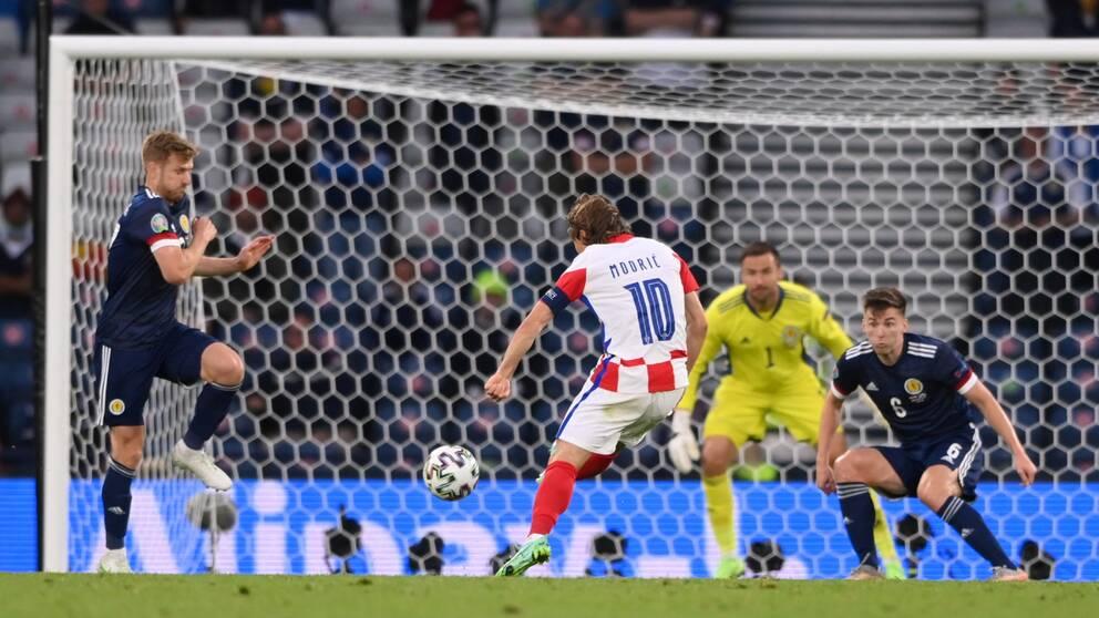 L'un des plus beaux buts des Championnats d'Europe ?