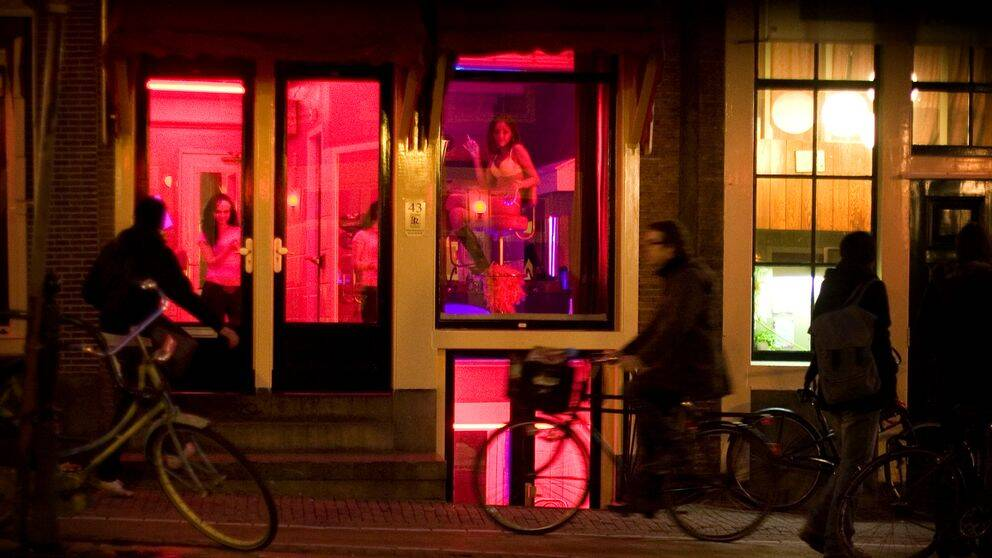Prostituerade i Amsterdams Red Light District.