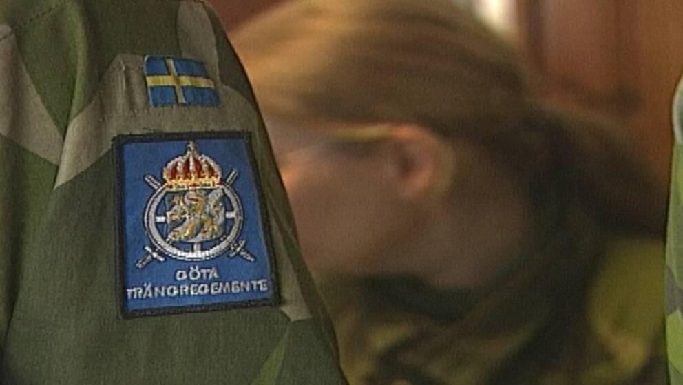 Försvarsanställd på Skaraborgs regemente blev knivskuren (arkivbild).