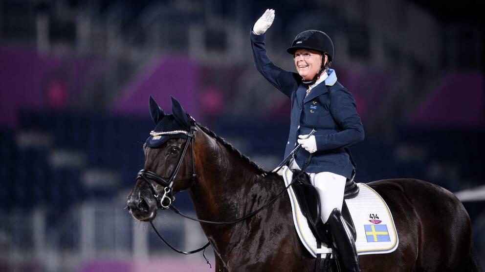 Louise Etzner Jakobsson och hästen Goldstrike B.J.