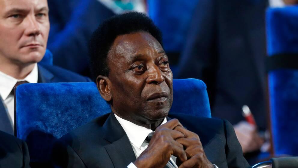 Pelé befinner sig på sjukhus.