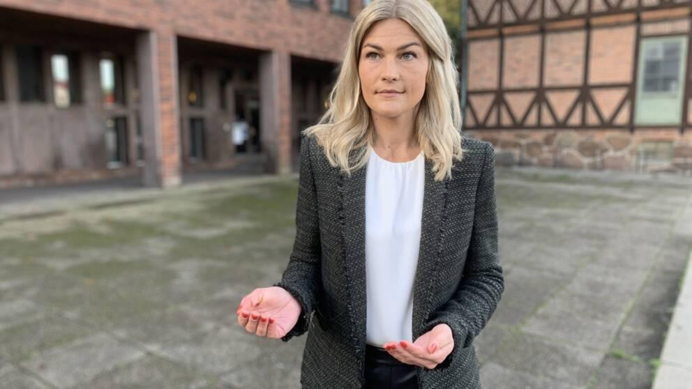 Ella Kardemark (KD), Socialnämndens ordförande i Halmstad, säger att hon tar kritiken på stort allvar.