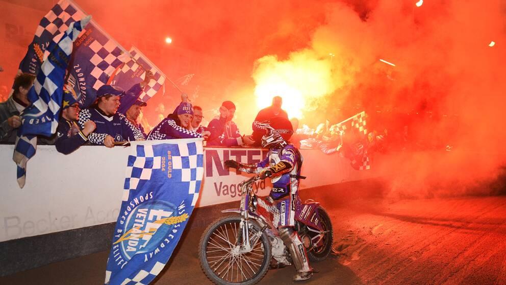 Speedwayguld för Elit Vetlanda | SVT Sport