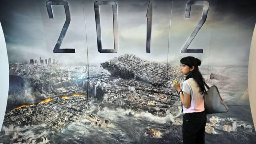 """Katastroffilmen """"2012"""" är en av alla nya källor till myten om att jorden går under i december."""