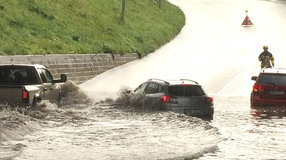 Vatten i massor i Sundsvall den 5 september efter att en häftig åskskur passerat.