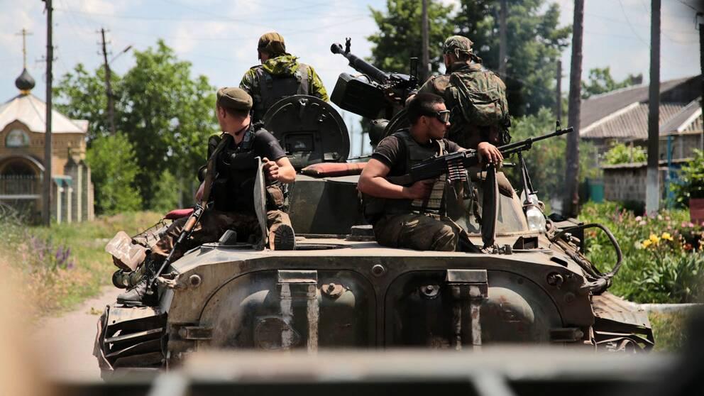 Precis före fredagens toppmöte kom parterna i Ukraina överens om vapentillbakadragande