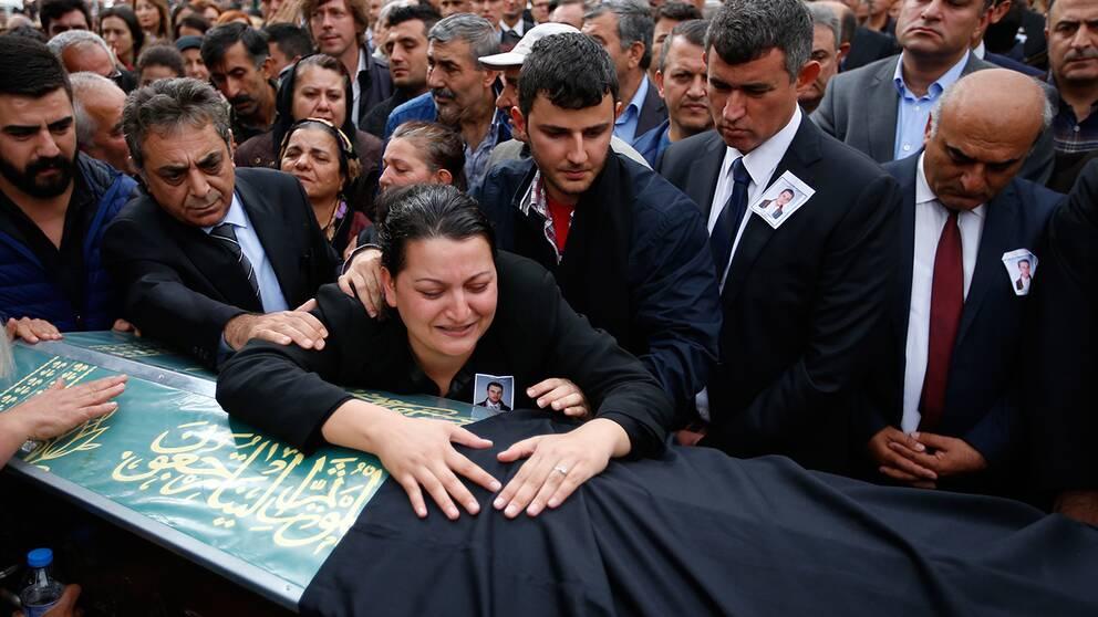 Personer har gripits for dadet i turkiet
