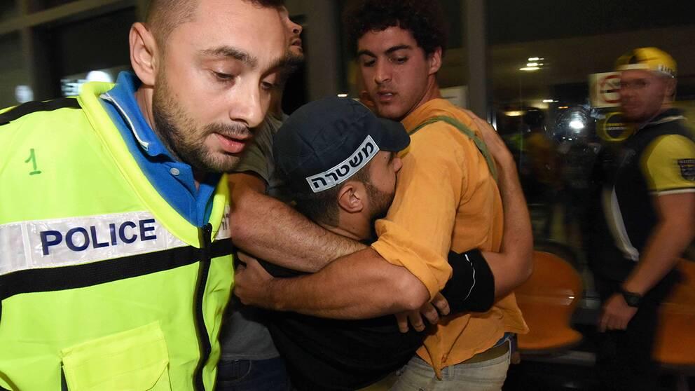Vid attacken i Beersheba skadades flera polismän.