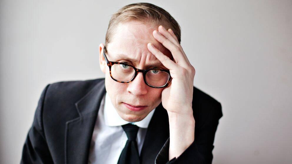 """Kristoffer """"K."""" Svensson är författare och komiker."""