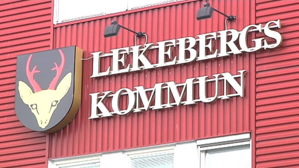 Lekebergs kommun logga exteriört