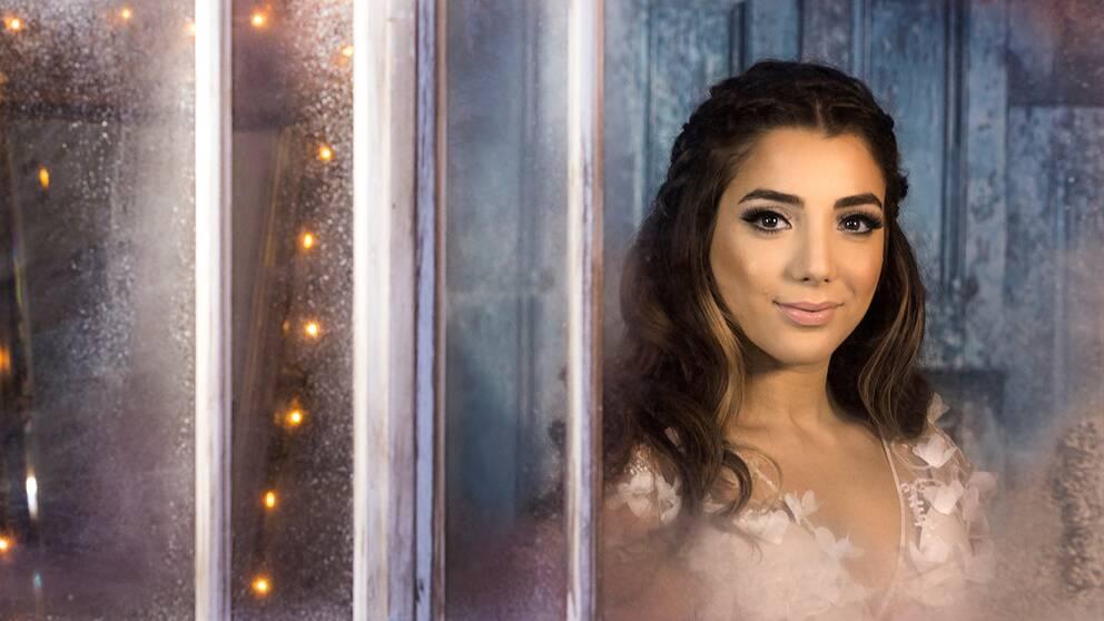 """Gina Dirawi blir årets julvärd: """"Jag ser fram emot det här extremt mycket, jag älskar ju julafton!"""", säger hon."""
