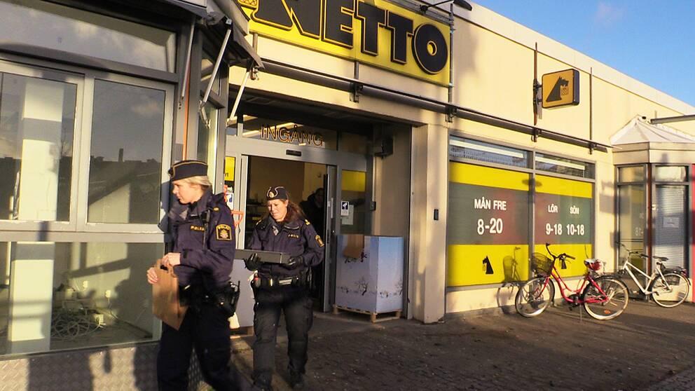 Livsmedelsbutik ranades under vapenhot 2