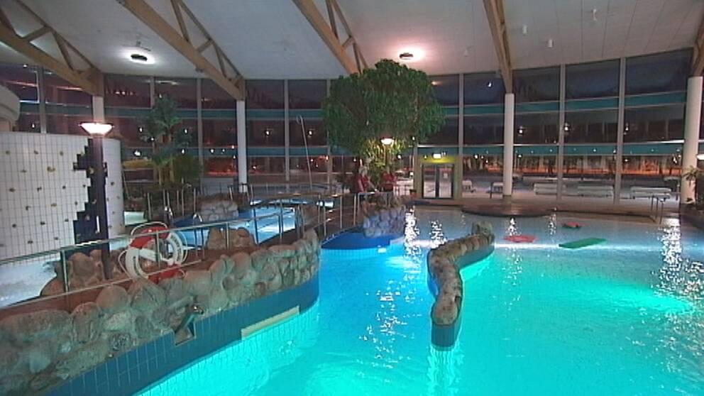 Badbassäng i äventyrsbadet Aquanova i Borlänge.