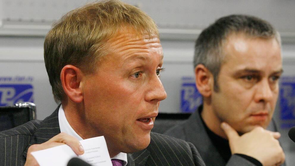 De före detta ryska agenterna Andrej Lugovoj och Dmitrij Kovtun pekas ut som de som mördade avhopparen Aleksandr Litvinenko.