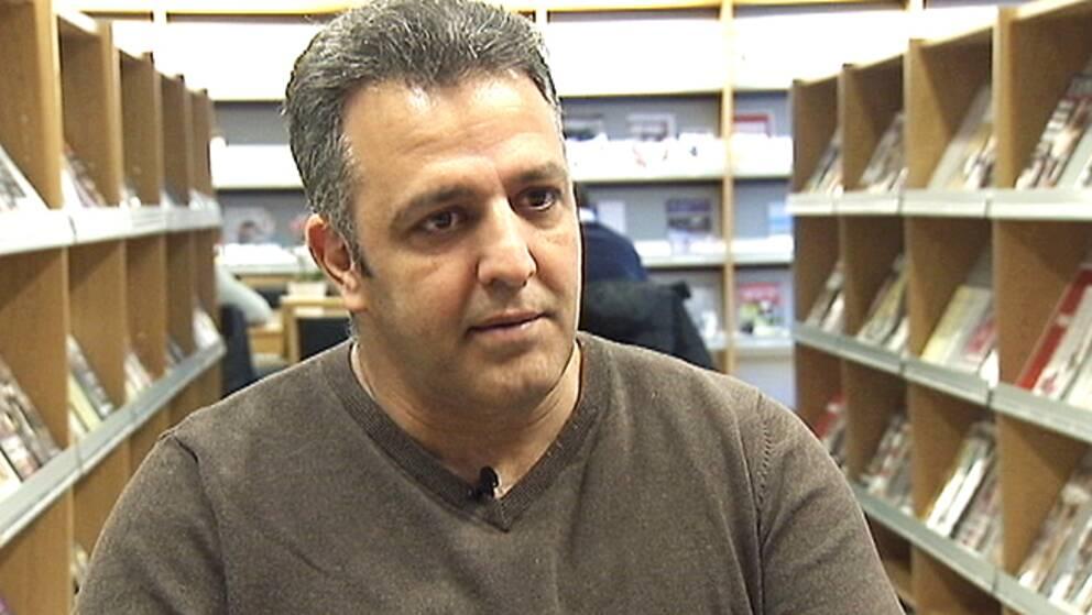Samer Abu Khalil i Eskilstuna har väntat i snart två år.