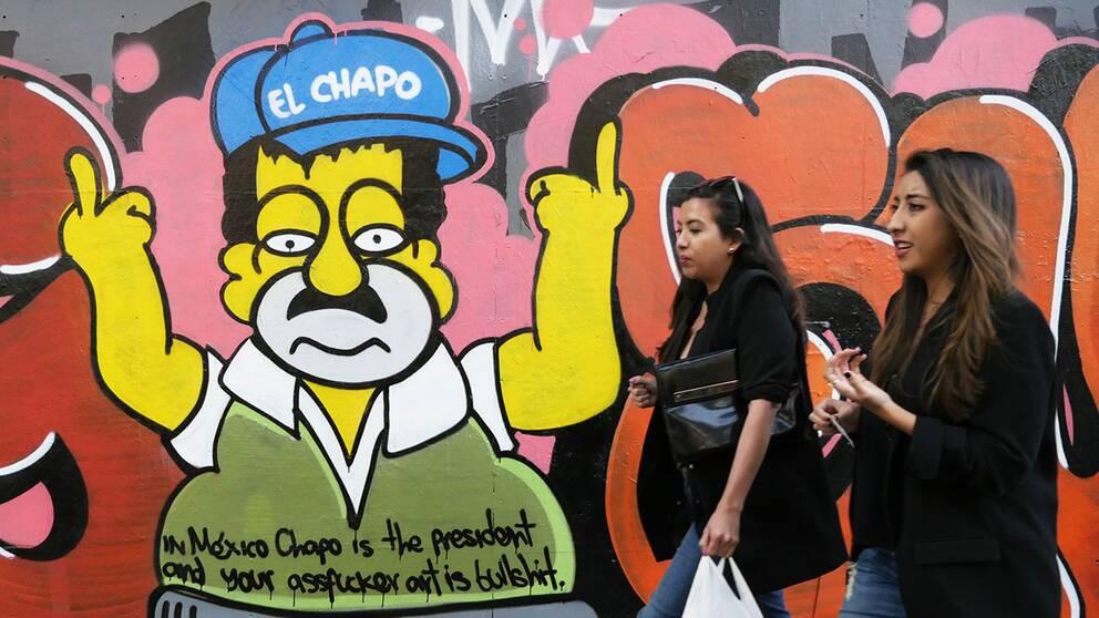 """Knarkkungen """"El Chapo"""" gör sig påmind även i huvudstaden Mexico City."""