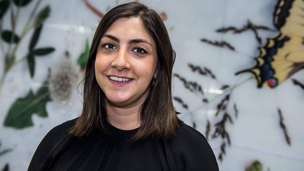Adina Krantz har grundat organisationen Zikaron där tredje generationens överlevare av förintelsen föreläser på skolor.