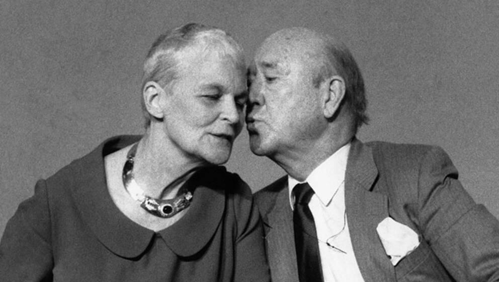 Lennart Hyland, programledare, med frun Tuss år 1988.