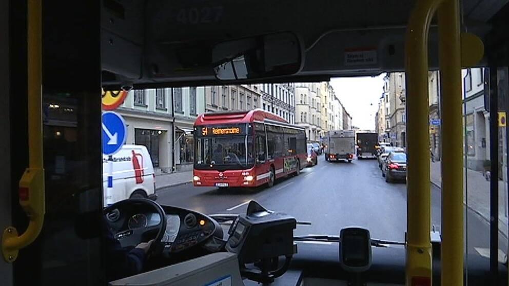Syndikalisterna förlorar tvist om SD-reklam på bussar