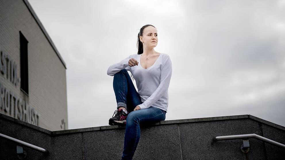 """""""Jag är så otroligt mycket gladare och har mer energi"""", säger Veronica Segel, snart två år efter bröstförminskningen. Ny forskning visar att operationen är till stor hjälp för kvinnor som genomgår den."""