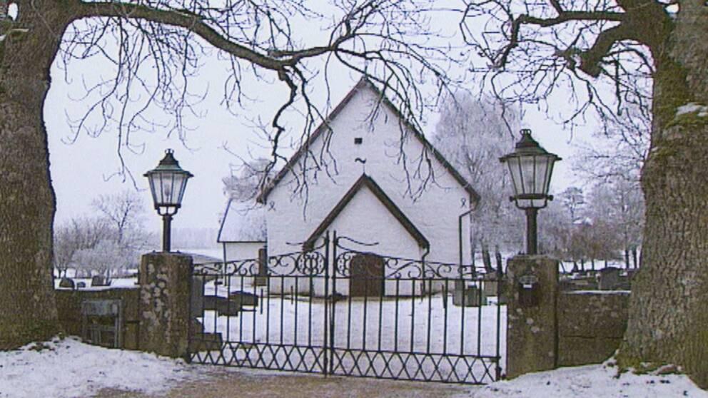 Öjaby kyrka nor om Växjö.